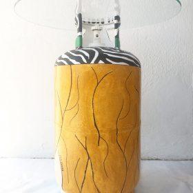 Geanina. Tavolino - bombola del gas. h 65 cm, Ø 60 cm. (3)
