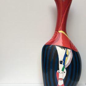 Nasi comunicanti. Acrilico su vaso di ceramica. 2017. (lato b)
