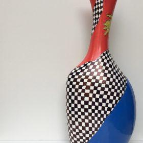 Senza titolo. Acrilico su vaso di ceramica. 2017. (lato b)